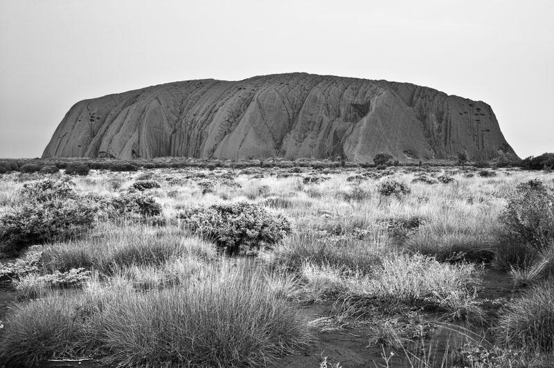 BN11-uluru-rock-in-australia-inaki-relanzon